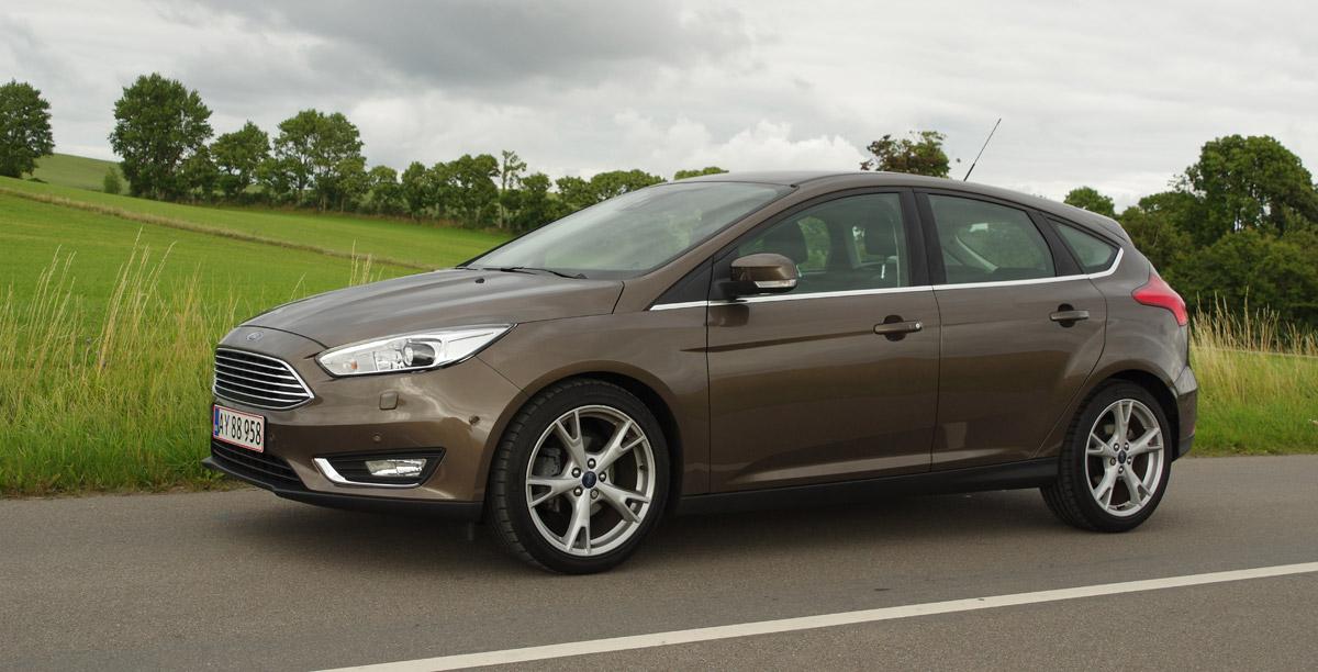 Biltest Ford Focus 5d 1 0 Ecoboost 125 Hk Prøvekørsel Bilanmeldelse Test Anmeldelse Testkørsel Hvilken Bil Online Magasin
