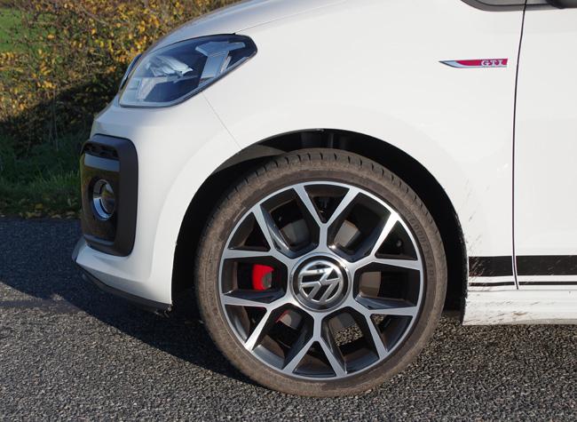 Nye Biltest: Volkswagen up! GTI - Prøvekørsel - Bilanmeldelse - test BZ-08
