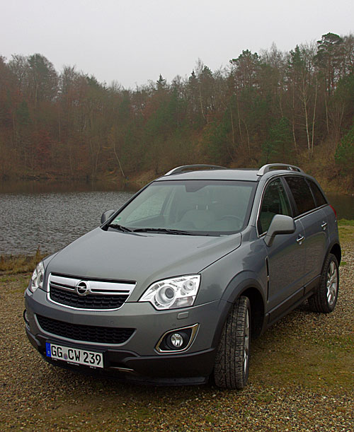 first test opel antara 2011. Black Bedroom Furniture Sets. Home Design Ideas